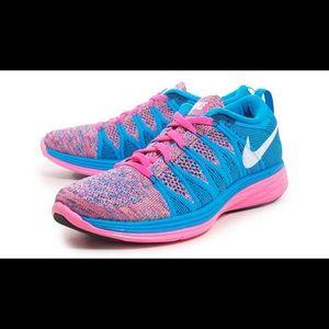 Nike Flyknit Lunar2 tennis shoes sneakers